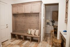 31 Best Mud Rooms Images Mudroom Home Mudroom Laundry Room