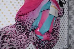 14.95$  Buy here - http://viwla.justgood.pw/vig/item.php?t=1nm022755247 - New animal print women scarf - pink and blue fashion - neck SCARF - with tags 14.95$