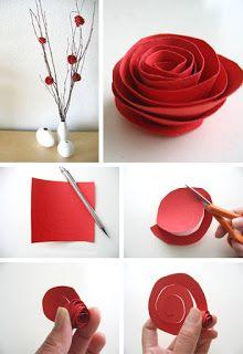 Rosa de papel na decoraçaõ