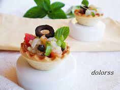 Blog de cuina de la dolorss: Tartaletas de bacalao curado y aceitunas