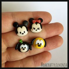 Mickey, Minnie, Goofy, and Pluto Tsum Tusm Polymer Clay Kawaii Stud Earrings Mix and Match Polymer Clay Kunst, Polymer Clay Figures, Fimo Clay, Polymer Clay Projects, Polymer Clay Charms, Polymer Clay Creations, Polymer Clay Earrings, Clay Crafts, Fimo Kawaii