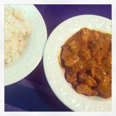 Te mostramos una deliciosa receta de pollo al curry con arroz basmati en Emplatando Madrid. http://emplatandomadrid.com/receta-de-pollo-al-curry-con-arroz-basmati/ #blog #curry #foodie