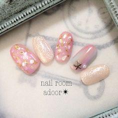 「貝殻で夏を感じる指先に…大人可愛いシェルネイルのデザイン集」のまとめの画像|MERY[メリー] http://mery.jp/images/894284?from=mery_ios