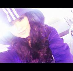 Becky G with her Adidas Sweater Becky G Style, Selfies, Becky G Outfits, Hispanic Girls, Spanish Girls, Beautiful Latina, Celebrity Style Inspiration, Pretty Girl Swag, Latina Girls