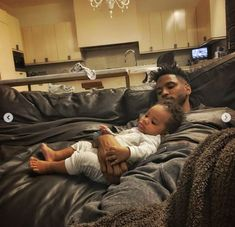 Trey Songz Shares Adorable New Photos And Video With Hi. Celebrity Airport Style, Celebrity Dads, Celebrity Crush, Morris Chestnut, Z Cam, Trey Songz, 6 Month Olds, New Dads, Father And Son