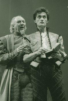 Hamlet 1984  Hamlet (Roger Rees) and Polonius (Frank Middlemass), in the 1984 RSC production, directed by Ron Daniels and Maria Bjornson.  Photo by Reg Wilson.  via  http://www.rsc.org.uk/whats-on/hamlet/past-production-photos.aspx#