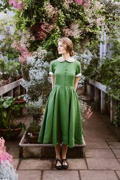 Classic Dress with Garden Peter Pan Collar, Short sleeves, Spring Gree – Son de Flor Grunge Style, Soft Grunge, Peter Pan Dress, Peter Pan Collar Dress, Peter Pan Collars, Peter Pan Outfit, Tokyo Street Fashion, Grunge Outfits, Vintage Dresses