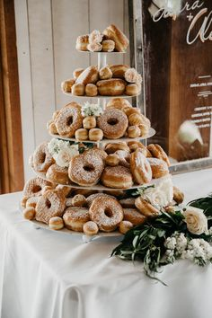 A California Wedding - Best California Wedding Locations From the Mountains to the Sea - Love It All Donut Wedding Cake, Wedding Donuts, Wedding Cake Rustic, Wedding Desserts, Wedding Bride, Unusual Wedding Cakes, Wedding Ideas, Dream Wedding, Donut Bar