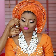 Orange and white affair #asoebi #asoebispecial #speciallovers #wedding #makeoverby @tintsmakeuppro