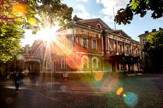 Aleksanterin teatteri - Originally a Russian theater but best known as the former opera house.