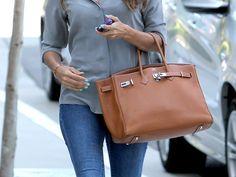 Fashion Battle : Eva Longoria, Heidi Klum et leur sac Birkin d. Sac Birkin Hermes, Hermes Bags, Heidi Klum, Diy Mother's Day Brunch, Birken Bag, Eva Longoria, Brunch Outfit, Chanel Purse, Everyday Fashion