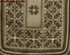 Beaded Embroidery, Cross Stitch Embroidery, Beading Patterns, Decorative Boxes, Beads, Rugs, Zoom Zoom, Ph, Watch