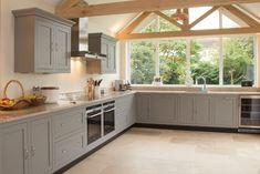 Avignon Soft Tumble Limestone Floors from Flagstones Direct. #tumbled #flagstone #flooring #kitchen
