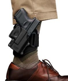 Concealed Carry: How to Dress For Concealed Carry   The Art of Manliness
