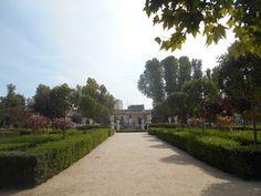 Jardin de la Reina Isabel II. desde Plaza de San Antonio.