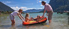 Urlaub am See heißt auch Urlaub für die ganze Familie :) Portal, Hotels, Summer Vacations, Water Sports, Alps, Viajes