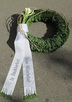 Wonderful Images natural Funeral Flowers Concepts Whether you are planning or going to, memorials are always the sorrowful and at times demanding occasion. Funeral Flower Arrangements, Funeral Flowers, Memorial Flowers, Calla, Bridal Flowers, Carnations, Wonderful Images, Plant Hanger, Orchids