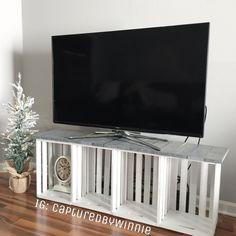 New rustic crate diy tv stands 32 ideas, tv cabinet design, Diy Furniture Tv Stand, Tv Stand Decor, Diy Tv Stand, Tv Furniture, Furniture Makeover, Small Tv Stand, Trendy Furniture, Furniture Outlet, Pallet Furniture