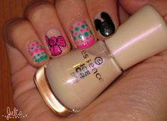 Nail Art a todo color / Mickey Mouse