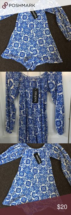 Long sleeve romper Blue & white boohoo long sleeved romper! This romper is brand new with tags attached, super cute & comfy. Soft & breathable . This piece is a women's US size 4. Boohoo Dresses Long Sleeve