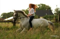 I remember my bareback days on my white horse larry! ★great memories that boy gave me!