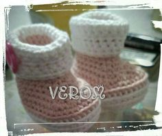 Botitas en rosa y blanco