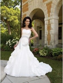Ball Gown Taffeta Sunburst Pleated Bodice Strapless Neckline Chapel Length Train Wedding Dresses (MB111236)