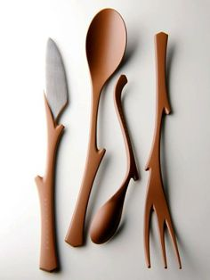 EDA Cutlery by Ken Okuyama Design Co. The natural shape of a tree with branches and twigs lending it a highly organic appearance inspires the design of the EDA cutlery. Yanko Design, Eco Deco, Wooden Spoons, Wooden Fork, Natural Shapes, Red Dots, Industrial Design, Industrial Closet, Industrial Windows