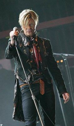 I saw this man in this outfit on this tour. My life was complete that night:)