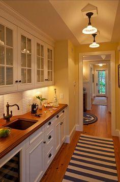 Butler's pantry with walnut countertops (a Rhode Island summer home designed by Polhemus Savery DaSilva) | hookedonhouses.net
