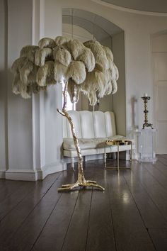 Hollywood Regency style palm tree floor lamp, hand made in Oxfordshire, England…. Hollywood Regency style palm tree floor lamp, hand made in Oxfordshire, England. Finished in gold leaf or liquid bronze with ostrich feather shade. Hollywood Regency Bedroom, Feather Lamp, Feather Tree, Ostrich Feather Centerpieces, Pink Lila, Pink Purple, Living Room Decor, Bedroom Decor, Living Rooms