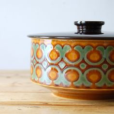 """Retro Hornsea 'Bronte' Tureen and Lid. Made by Hornsea Pottery UK in their """"Bronte"""" style. The tureen was made in the 1970s.  It has very pretty decoration with a light green and brown pattern and a contrasting lid of darker brown."""