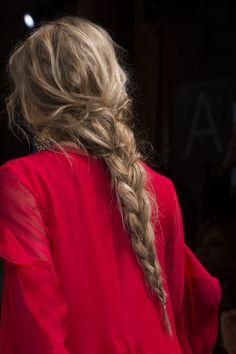 Alberta Ferretti at Milan Fashion Week Fall 2017 - Details Runway Photos # Braids hairlook girls Alberta Ferretti at Milan Fashion Week Fall 2017 # Braids hairlook girls Messy Hairstyles, Pretty Hairstyles, Hair Inspo, Hair Inspiration, Alberta Ferretti, Aesthetic Hair, Good Hair Day, Face Hair, Looks Cool
