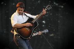 This is my favorite Amos Lee pic. The man is stunning.