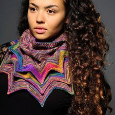 Prism Yarn--Alexandra Easden Brinck--Merino Mia Star Cowl http://www.patternfish.com/patterns/15425