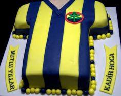 Mie Pastanesi: FENERBAHÇE FORMA PASTASI Kiwi, Birthday, Desserts, Pretzels, Food, Cupcake, Cakes, Pies, Mudpie