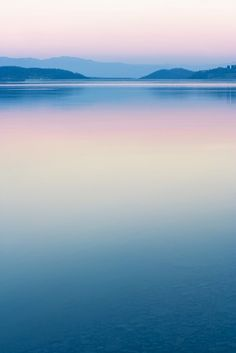 PANTONE COTY 2016 - Peaceful ~ a great tranquil photo of a beautiful landscape -the colours' candy-like too; all too sweet.