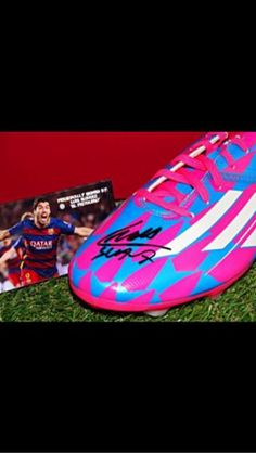 Bota oficial de Luis Suarez firmada+cert.Autentic - 114259559 - Deporte y Ocio