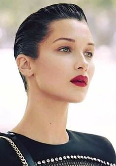 Slicked & Sexy More sizes Slick Hairstyles, Pixie Hairstyles, Pixie Haircut, Short Hairstyles For Women, Haircuts, Short Slicked Back Hair, Sleek Back Hair, Slicked Hair, Wet Look Hair