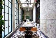 Sixty Soho: The Gordon Bar, New York - Retailand Bar Design Cafe Restaurant, Restaurant Design, Soho Hotel New York, Design Boutique, York Hotels, Wallpaper Magazine, Usa Wallpaper, Best Interior, Interior Design