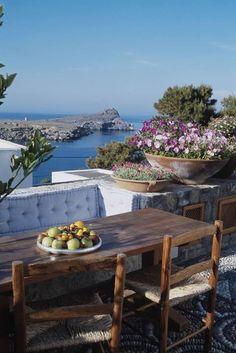 ღღ Summer morning in Lindos, Rhodes/Greece ~~~ Perfect spot for me!!! ;-)