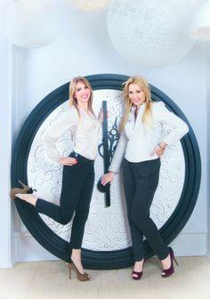 Karta w kalendarzu - kwiecień - Sylwia Gruchała i Izabela Lenartowicz. Fot. Olga Stachwiuk. Stylizacja Magdalena Iwańska http://artimperium.pl/wiadomosci/pokaz/104,kalendarz-businesswomanlife-2014-olga-stachwiuk#.UrLEV_TuKSo