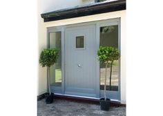 Contemporary Timber Entrance Door by Mumford & Wood. Only issue is position of door knob! Porch Uk, Front Door Porch, Grey Front Doors, Porch Doors, Wooden Front Doors, Front Door Entrance, House Front Door, House Entrance, The Doors