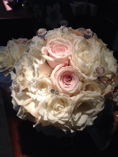 Gorgeous delicate elegant romantic #thewillowsbywehr #columbiana 330.482.2223 Willowsbywehr .com
