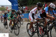 Racing at Richmond 2015 UCI Road World Championships with Colombian Pro Cyclist riding a Stradalli Cycle