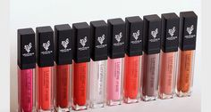 Our lipgloss is all natural and not sticky!