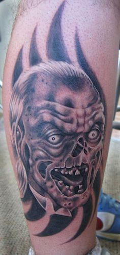 tales from the crypt tattoos Horror Movie Tattoos, Horror Movies, Tales From The Crypt, Monsters, Pop Culture, Joker, Google Search, Board, Sleeves