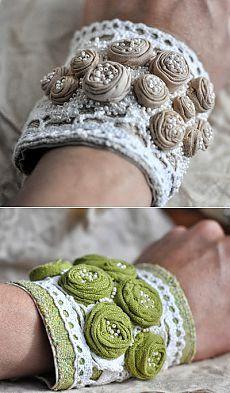 Textile Jewelry, Fabric Jewelry, Boho Jewelry, Jewelry Crafts, Beaded Jewelry, Jewelery, Handmade Jewelry, Denim Bracelet, Fabric Bracelets