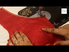 New Model Four dot Blouse Design cutting and stitching Simple Blouse Designs, Saree Blouse Neck Designs, Kurti Neck Designs, Dress Neck Designs, Blouse Tutorial, Pants Tutorial, Skirt Patterns Sewing, Pattern Sewing, Blouse Models