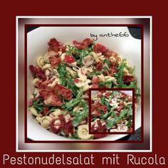 'Pestonudelsalat mit Rucola'